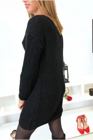 Jolie robe pull noir croise au buste